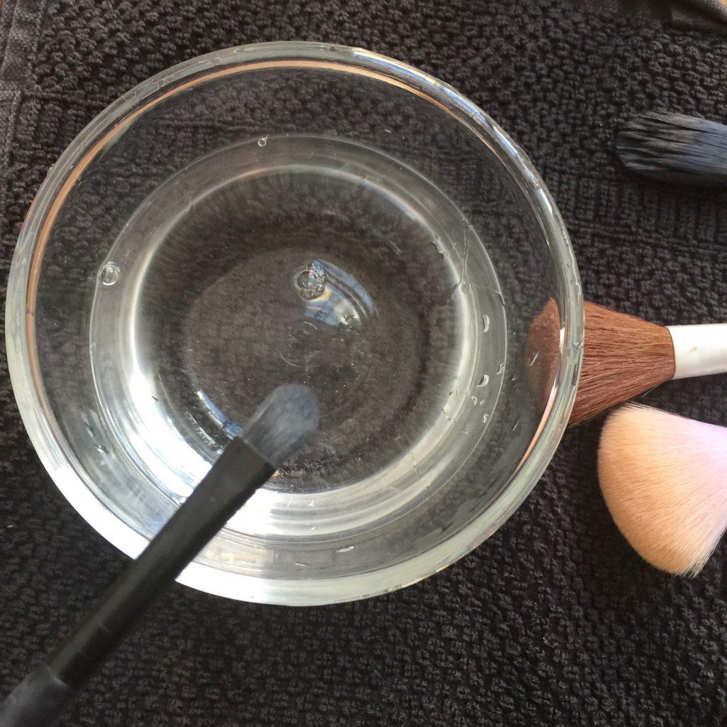 make up kwasten wassen