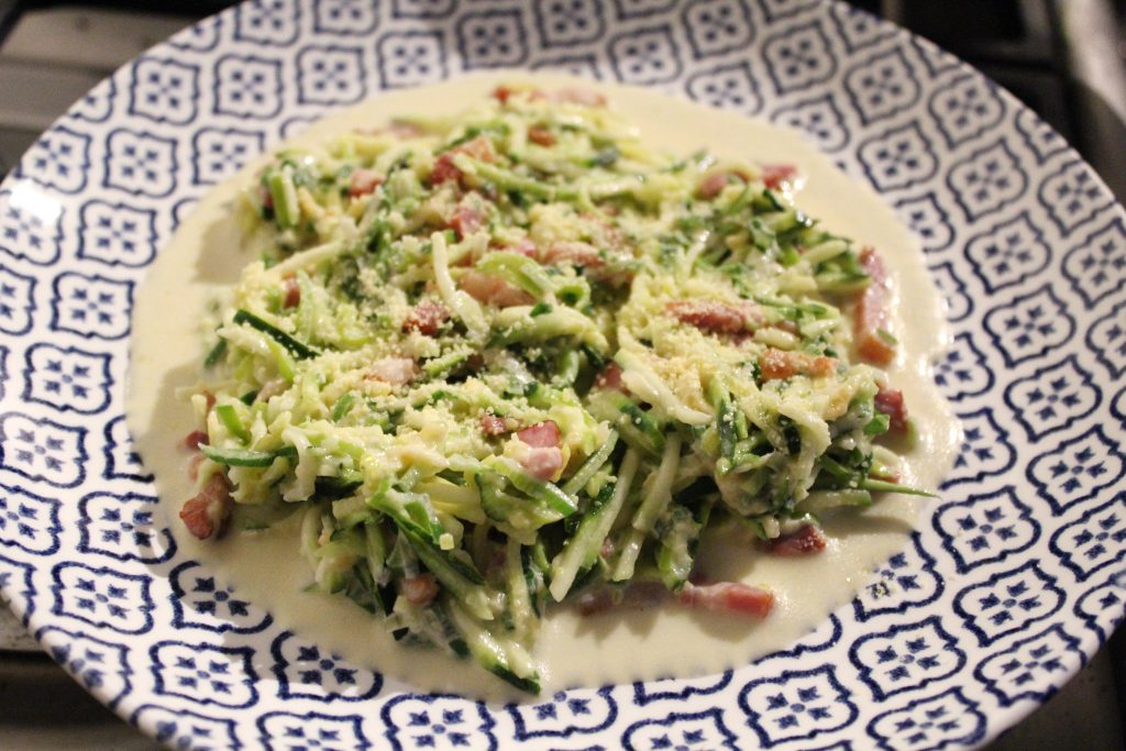 koolhydraatarme courgetti carbonara